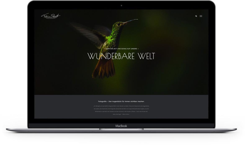 Macbook mit Fotoseite